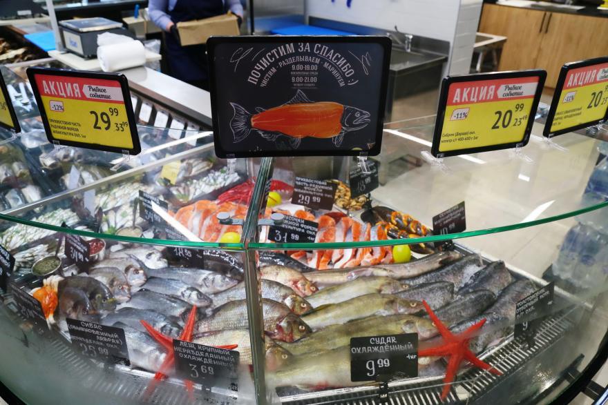 В «Виталюре» покупателю бесплатно почистят рыбу