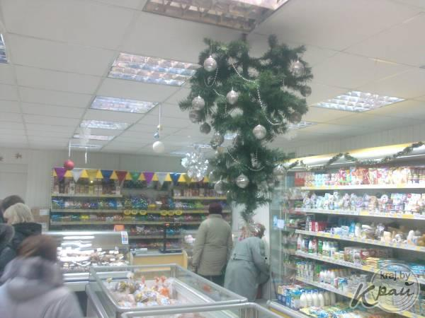 Как украсить на новый год торговый зал в аптеке