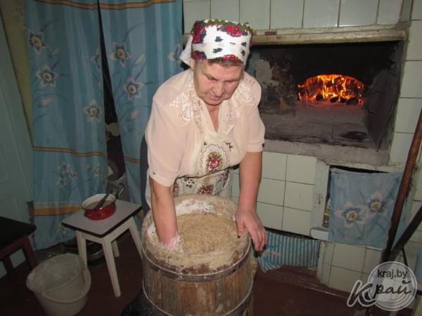 Как сделать дом хлебный 681
