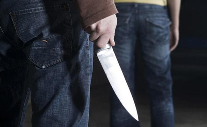 В Башкирии 18-летний парень ножом ударил своего спящего дядю