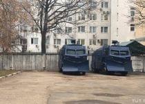 На улицах Минска появились водометы. Фото с сайта www.tut.by