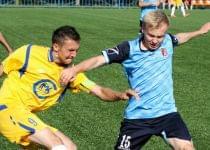 «Ошмяны-БГУФК» в борьбе с «Клецком» во втором круге на своем стадионе. Фото Александра Наумчика