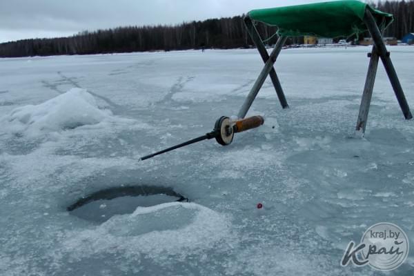 ВДокшицком районе работники МЧС спасли 2-х тонущих рыбаков